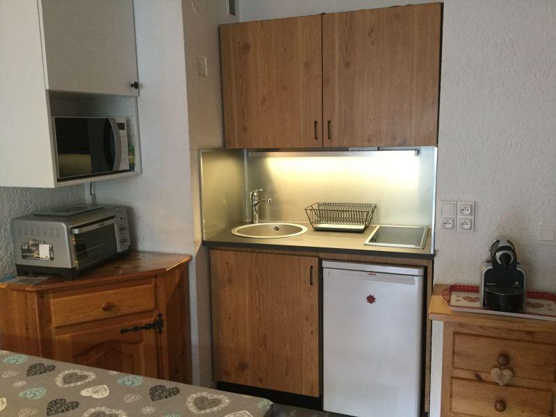 Kitchenette Location One-room apartment 80530 Samoëns