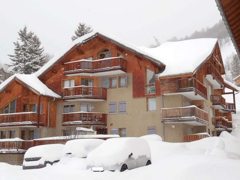View of the property from outside Location Apartment 82534 Valloire