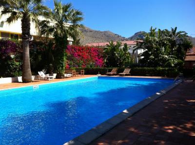 Swimming pool Location Apartment 92464 Mondello