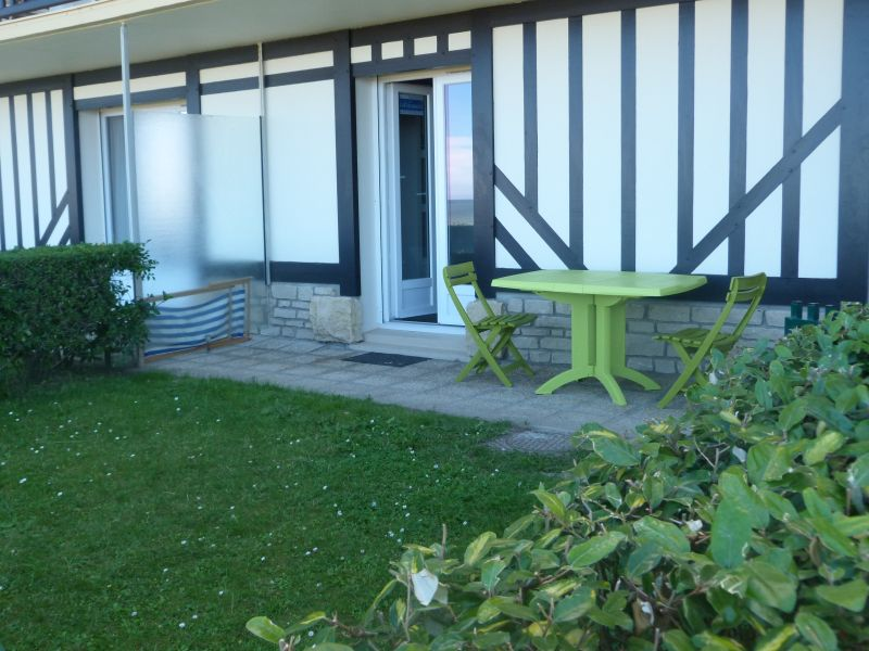 View of the property from outside Location Apartment 10748 Cabourg
