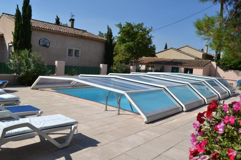 Swimming pool Location Vacation rental 11846 Saint Rémy de Provence
