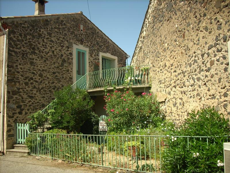 View of the property from outside Location House 11934 Montpellier
