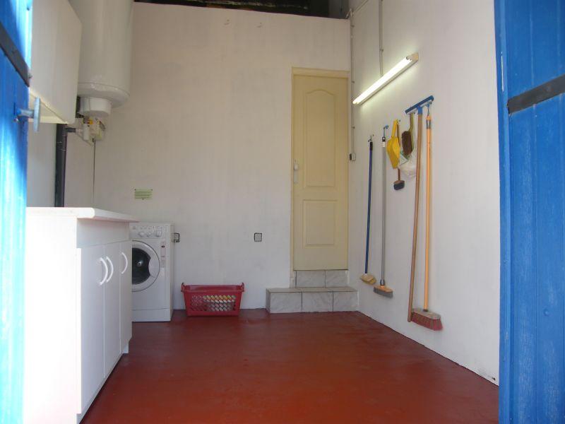 Cellar Location Vacation rental 12197 Saint Rémy de Provence