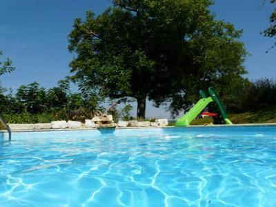 Location Vacation rental 12564 Penne d'Agenais