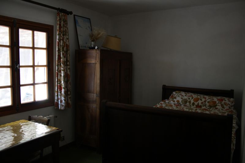 bedroom 5 Location House 12782