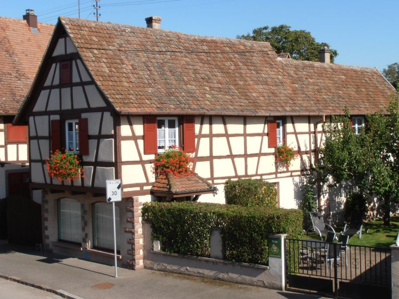 View of the property from outside Location Vacation rental 13081 Colmar