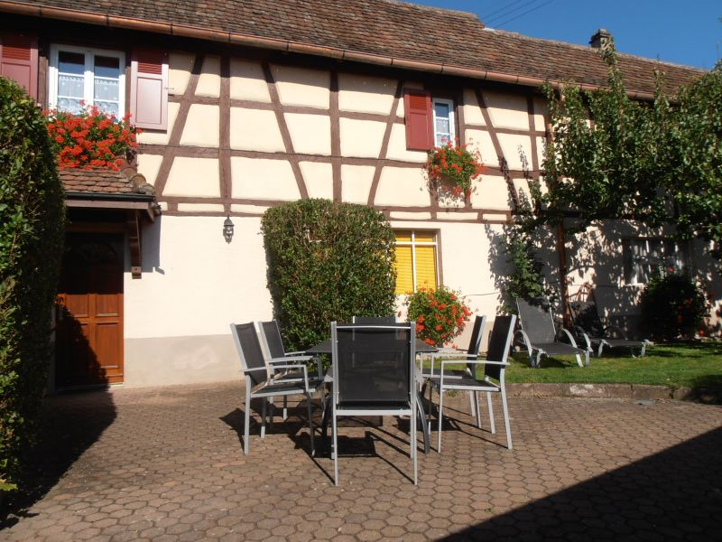 Garden Location Vacation rental 13081 Colmar