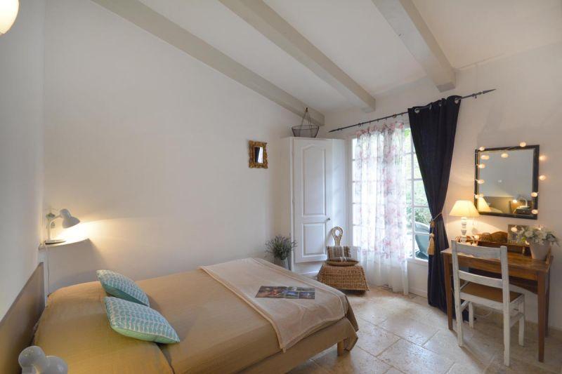 Location Vacation rental 13098 Les Baux de Provence