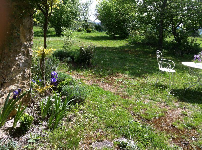 Garden Location Vacation rental 13545 Sarlat