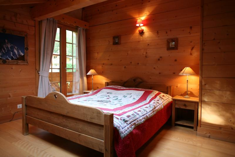 bedroom 1 Location Chalet 1412 Chamonix Mont-Blanc