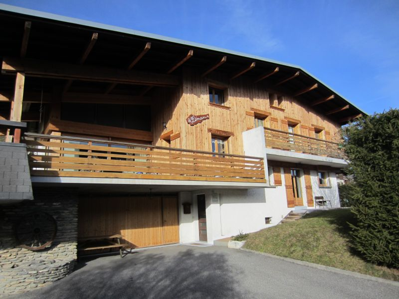 View of the property from outside Location Apartment 1528 Megève