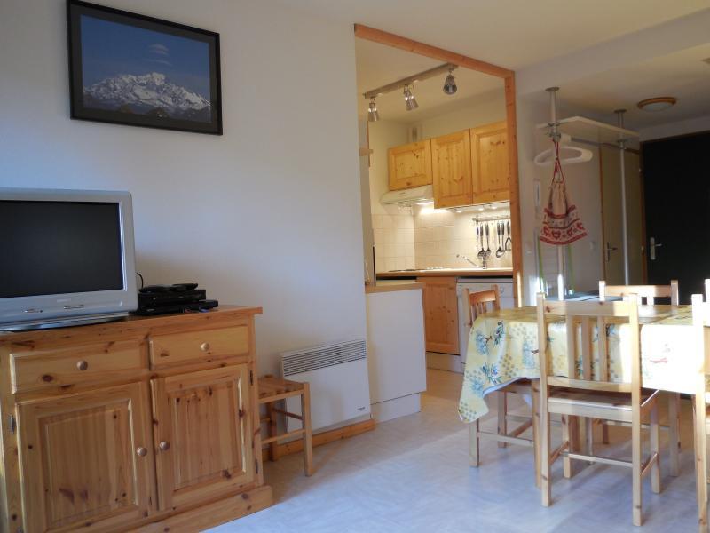 Lounge Location Apartment 1553 La joue du Loup