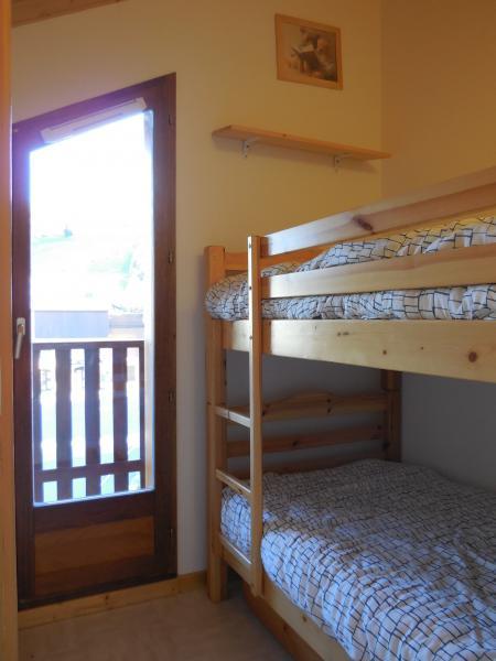 bedroom 3 Location Apartment 1553 La joue du Loup