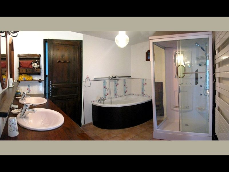 bathroom Location Vacation rental 16078 Grenoble