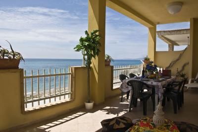 Porch Location Apartment 16932 Ribera