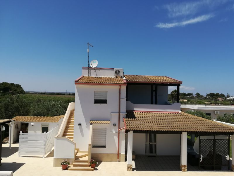 View of the property from outside Location Apartment 17336 Noto