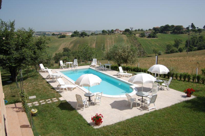 Swimming pool Location Vacation rental 17670 Macerata