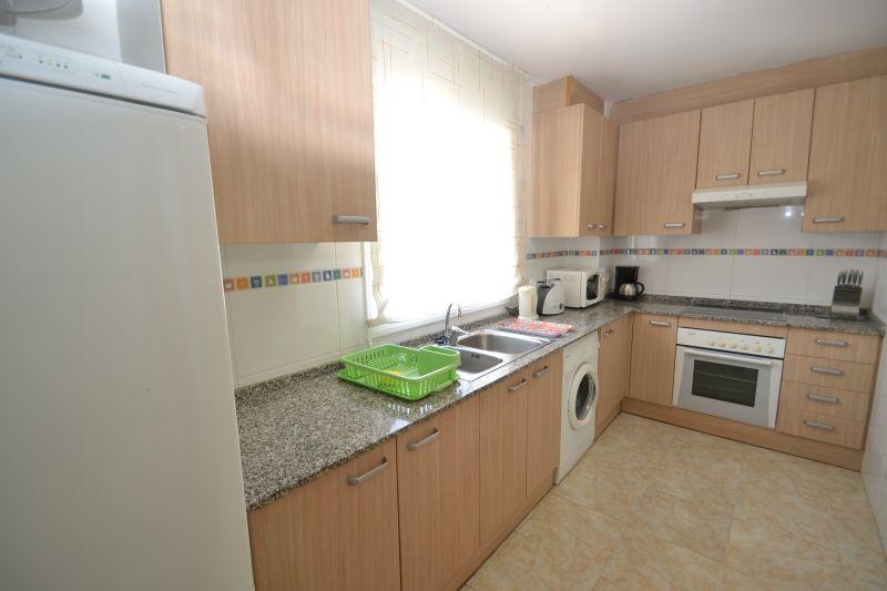 Separate kitchen Location Apartment 19681 La Pineda