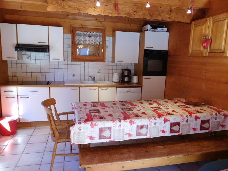 Kitchenette Location Chalet 2091 Les Orres