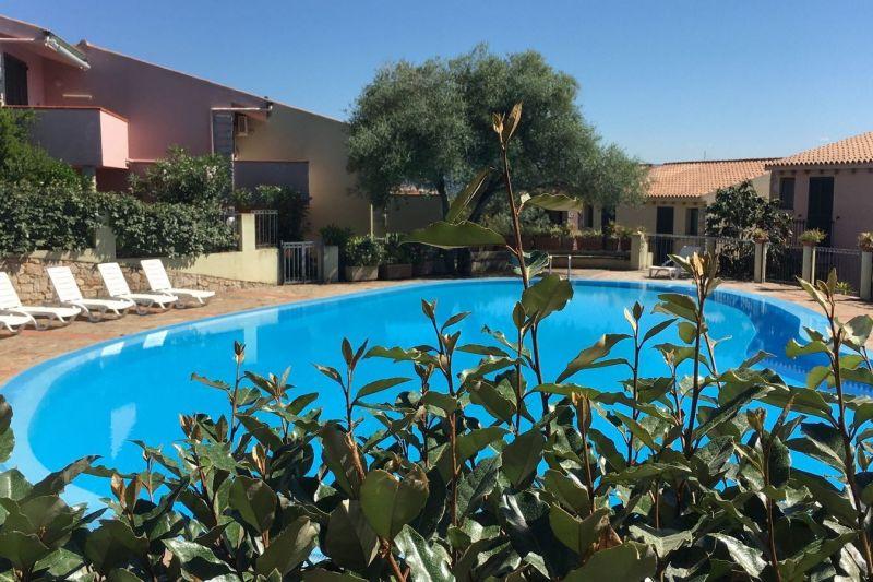 Swimming pool Location Apartment 21206 Badesi