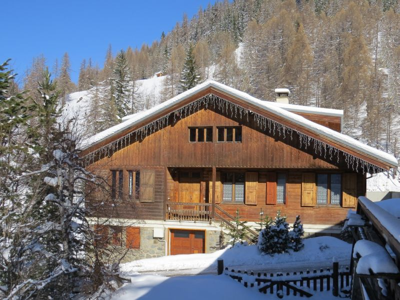 View of the property from outside Location Chalet 2148 La Plagne