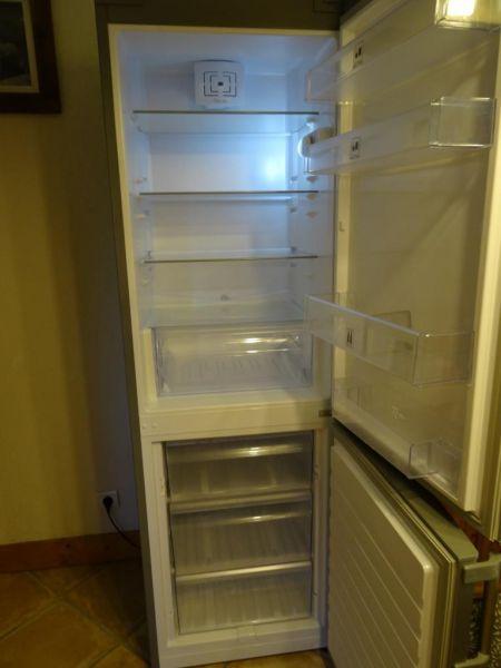 Open-plan kitchen Location Apartment 2280 Pralognan la Vanoise
