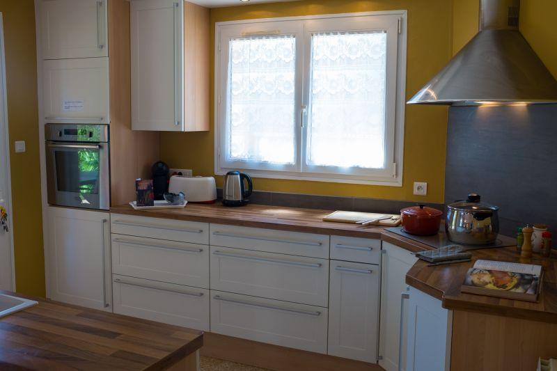 Open-plan kitchen Location Villa 24563 La Tour d'Aigues