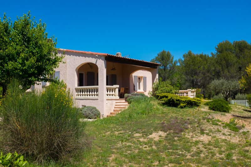 Garden Location Villa 24563 La Tour d'Aigues