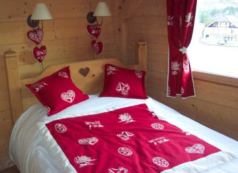 bedroom 1 Location Apartment 2780 Samoëns