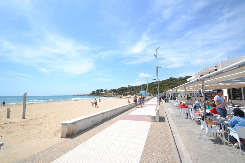 Beach Location Apartment 28545 Tarragona