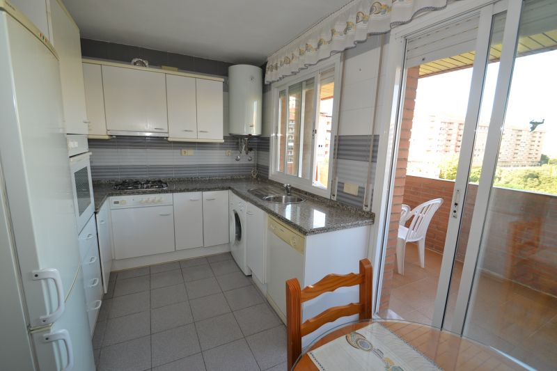 Separate kitchen Location Apartment 28545 Tarragona