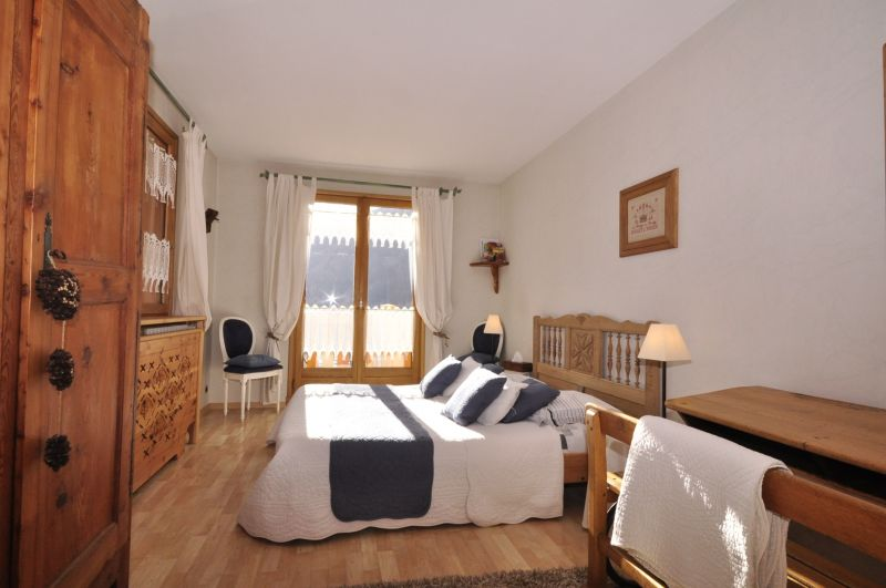bedroom 2 Location Chalet 2856 Serre Chevalier