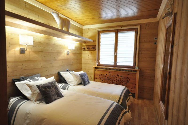 bedroom 3 Location Chalet 2856 Serre Chevalier