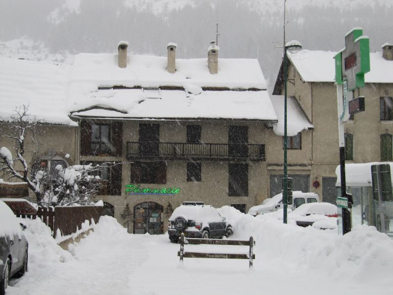 View of the property from outside Location One-room apartment 2895 Serre Chevalier