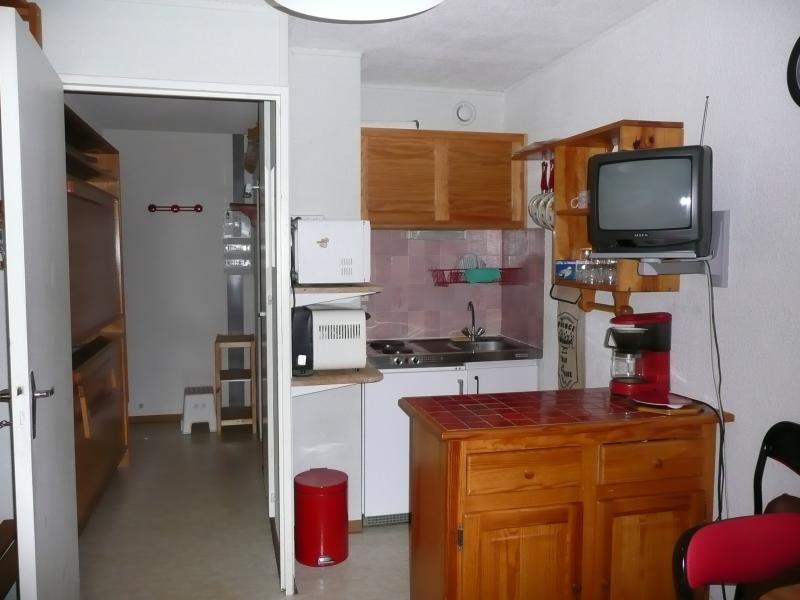 Kitchenette Location One-room apartment 29051 Cauterets