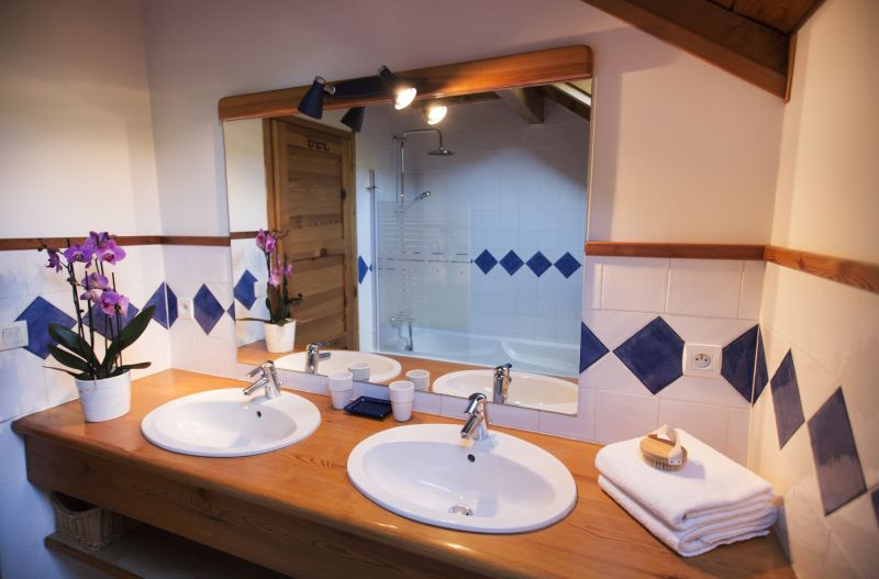 bathroom 3 Location Chalet 2931 Serre Chevalier