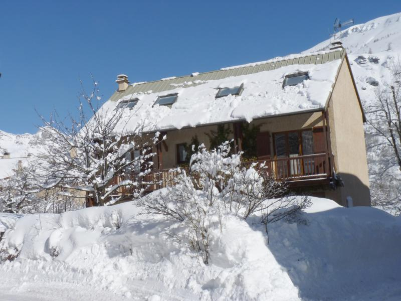 View of the property from outside Location Chalet 2932 Serre Chevalier