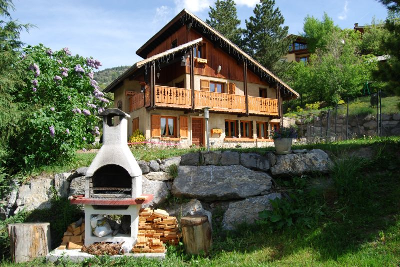 View of the property from outside Location Chalet 2972 Serre Chevalier