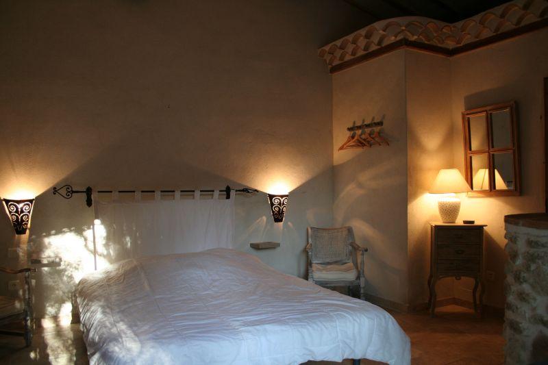 bedroom 3 Location House 31125 Visan