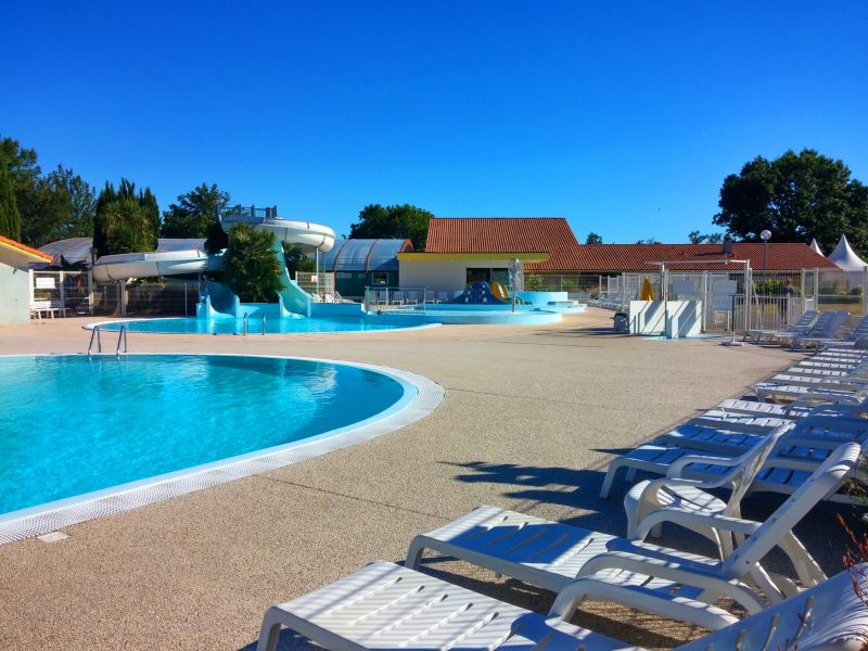 Swimming pool Location Mobile home 31432 Biscarrosse