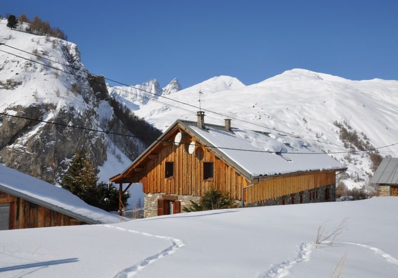 View of the property from outside Location Apartment 3378 Valloire