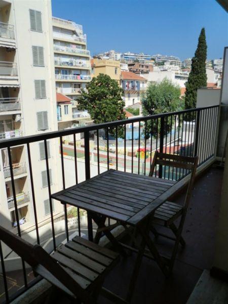 Balcony Location One-room apartment 35014 Nice