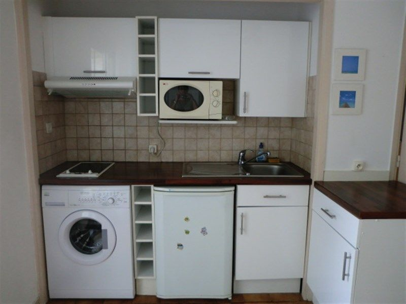 Open-plan kitchen Location One-room apartment 35014 Nice