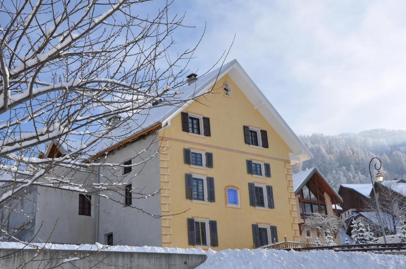 View of the property from outside Location Apartment 38237 Valloire