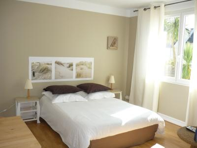 bedroom Location One-room apartment 40310 Roscoff