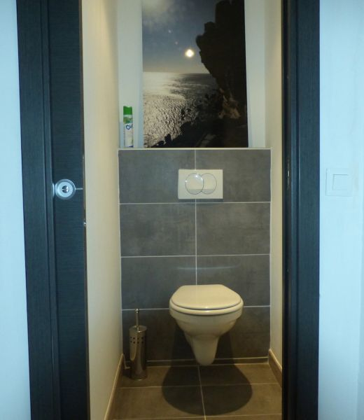 Bathroom w/toilet only Location House 40911 Ste Lucie de Porto Vecchio