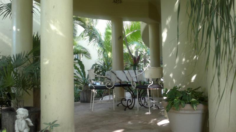 Terrace Location One-room apartment 41728 Playa del Carmen