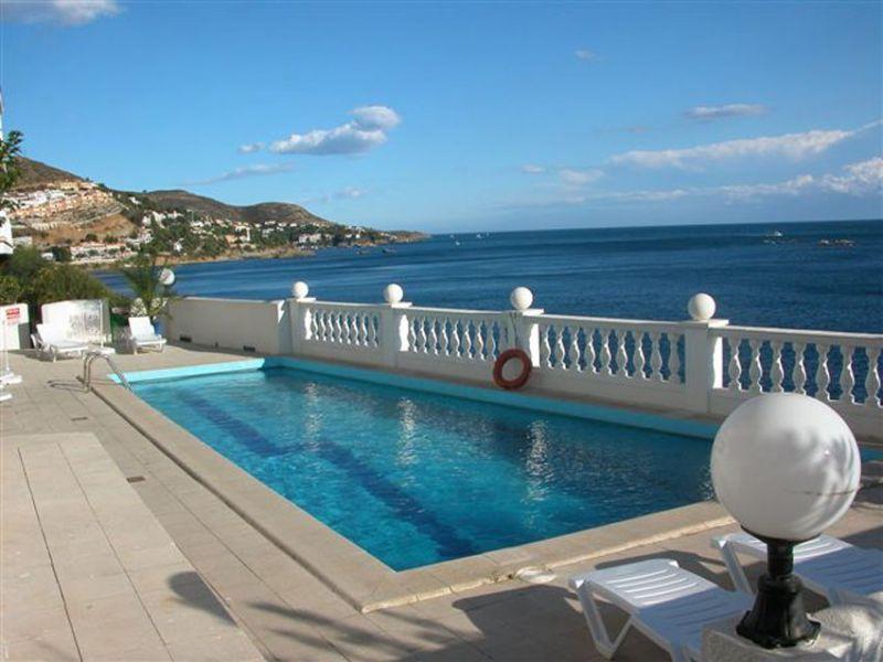 Swimming pool Location Apartment 43202 Rosas