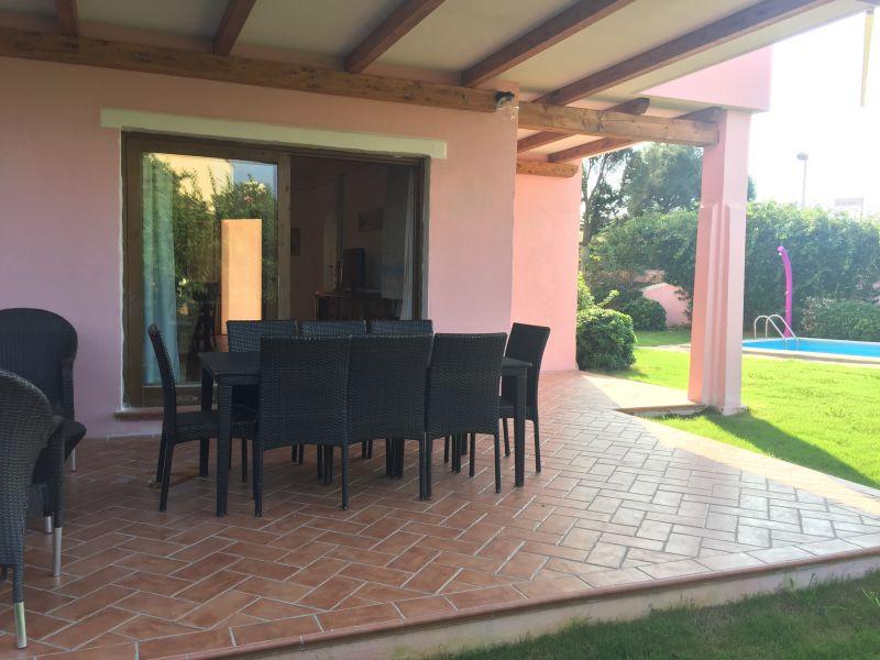 Covered balcony Location Villa 44032 Stintino