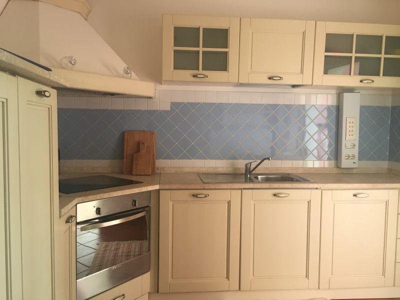 Separate kitchen Location Villa 44032 Stintino